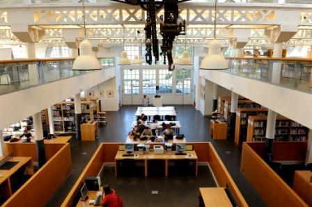 20111018-BLH 6894-Bibliothèque Universitaire -Le CreusotWeb